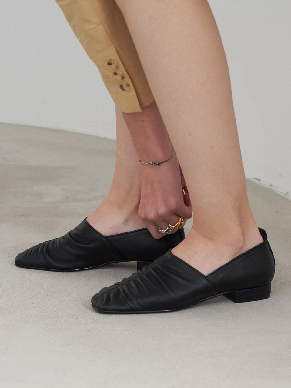 Mrc074 Shirring Loafer (Black)