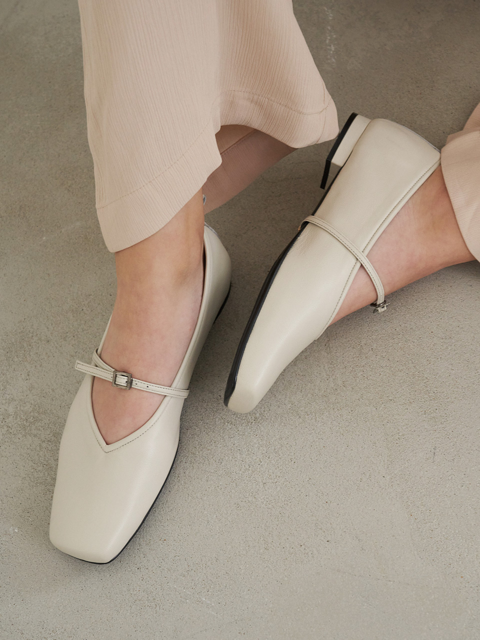Mrc071 3Way Strap Flat Shoes (Ivory)
